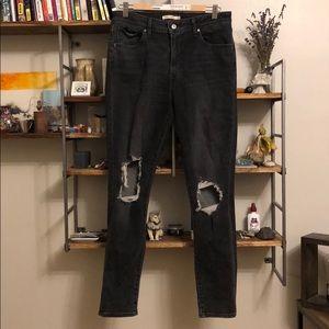 Levi's 721 high rise skinny jeans (dark wash)